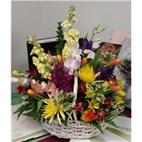 Colorful_Mixed_Basket_Arangement_50